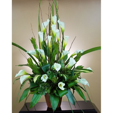 Modern Calla lily arrangement