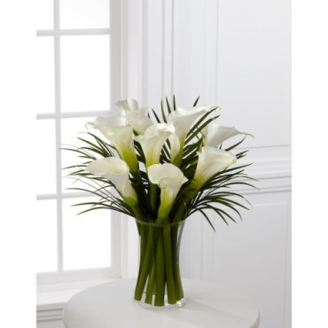 White calla lilies arrangement